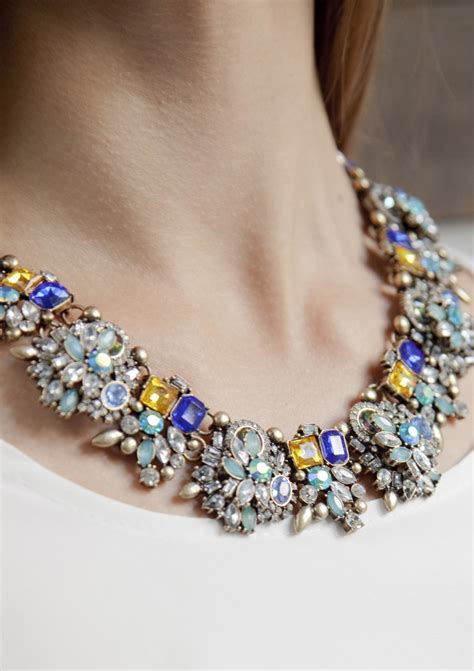 Gem Filled Statement Necklace - Happiness Boutique