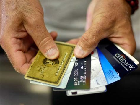 9 Tips To Manage Multiple Credit Cards, From A Top Credit