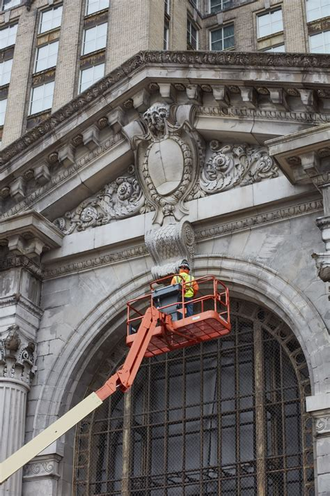 Ford Kicks Off Renovation of Detroit's 105-Year-Old