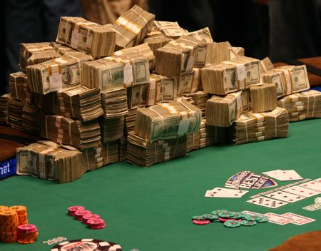 Online Poker 2011: Make Your New Year Profitable at the