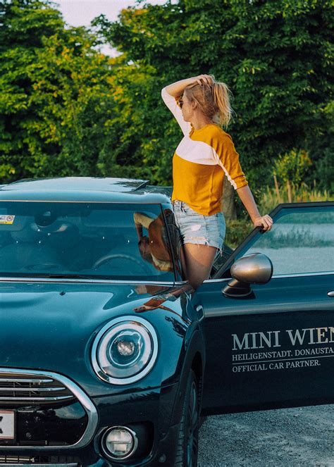 mini wien auto in der stadt - Over the top by Chris