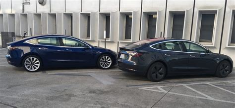 Tesla Model 3: better look at new midnight silver as more