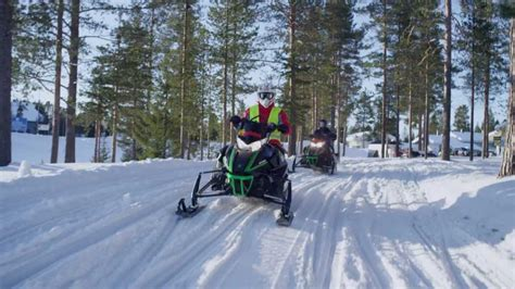 Snowmobiling in Levi, Finnish Lapland - Discover Lapland