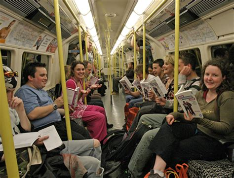Avoiding Death Stares on the Tube or Bus   London Calling