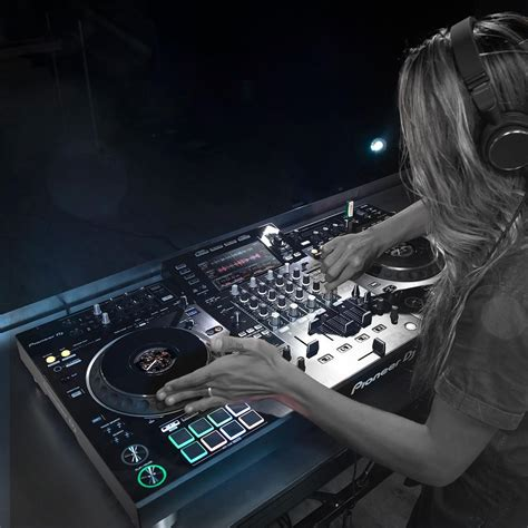 Best All-In-One DJ Controller   Ditch The Laptop!