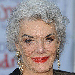 Jane Russell - Bio, Facts, Family | Famous Birthdays
